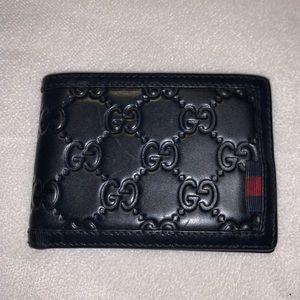 Gucci Signature Men's Wallet